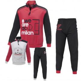 BASE 25680  Modello rosso - pantalone nero - felparossa manica  nera  modello grigio - pantalone nero - felpa grigia manica rossa  amazon e ebay spedizione gratuita a 45,00