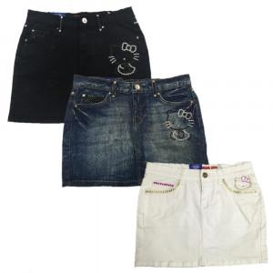 Gonna Donna Hello Kitty con Borchie, Abbigliamento Adulto Sanrio  | pelusciamo.com